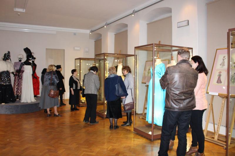 Moda karnawałowa wbolesławieckim Muzeum