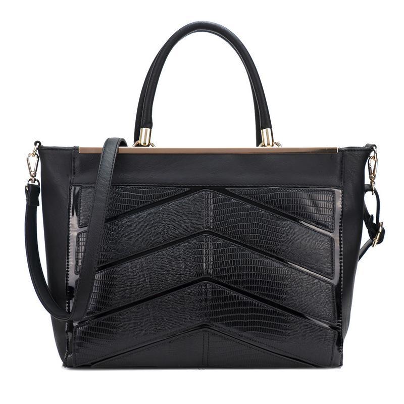 Czarne torebki damskie, kolorowe, skórzane czy materiałowe - jak wybierać torebki