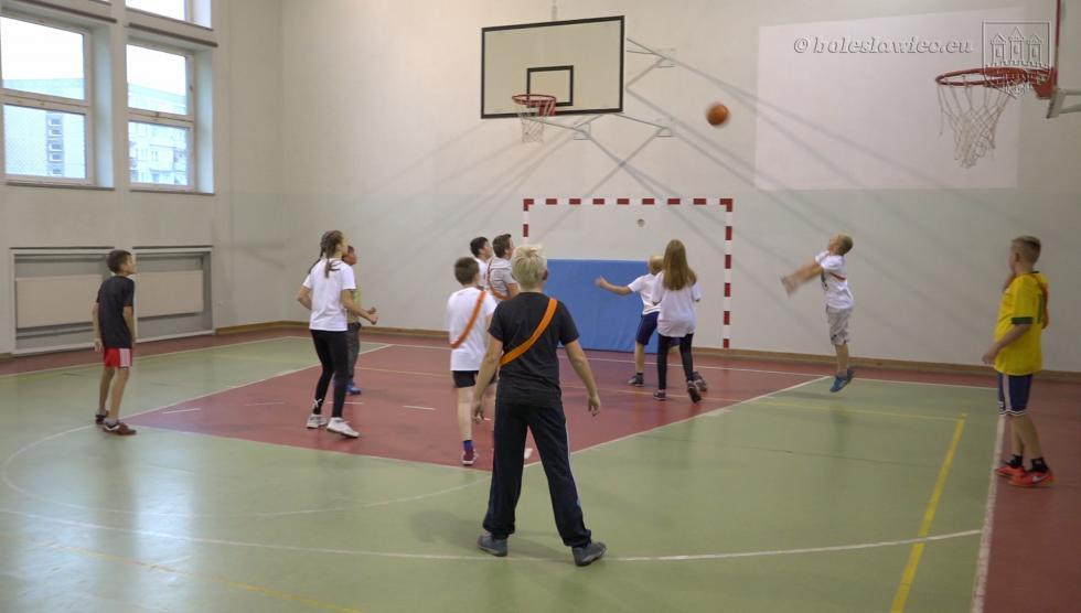 Dodatkowe zajęcia sportowe wbolesławieckich szkołach