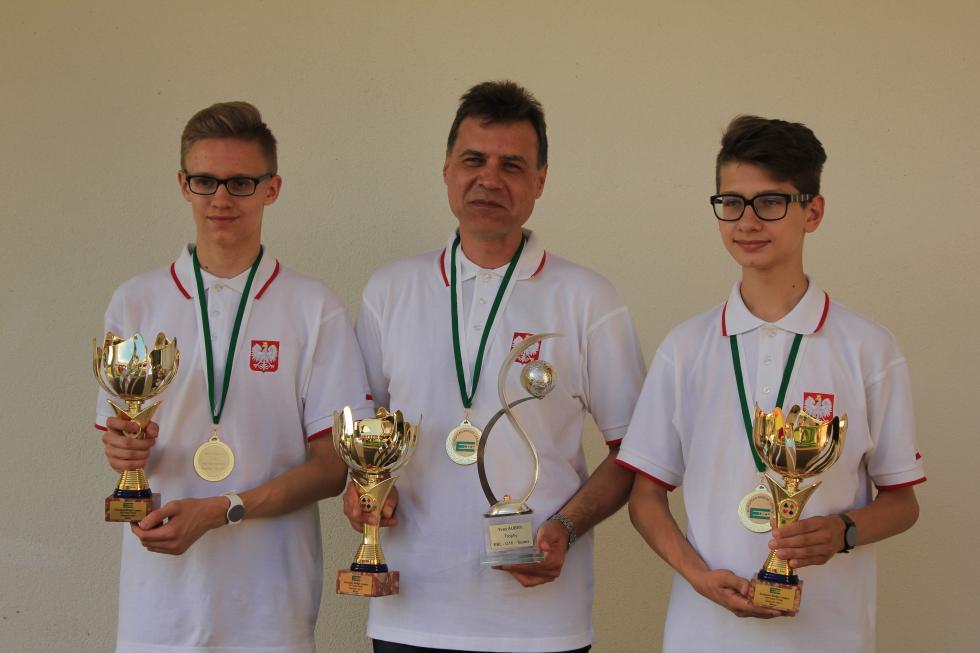 Nasi juniorzy mistrzami Europy wbrydżu sportowym
