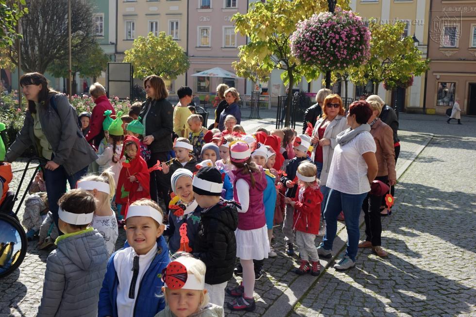 Przedszkolaki wdniu swojego święta powitały jesień