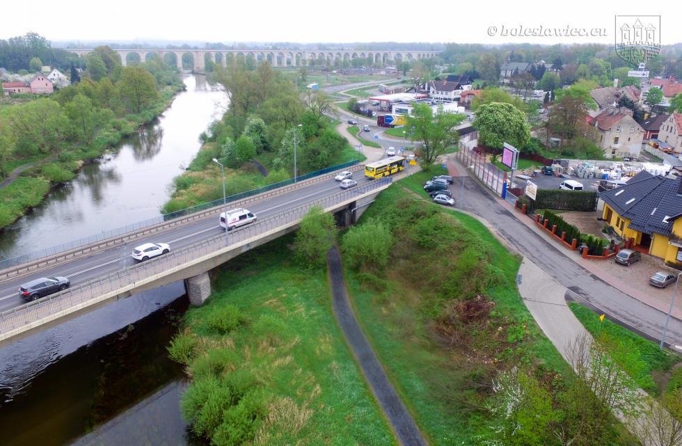 Most przez rzekę Bóbr