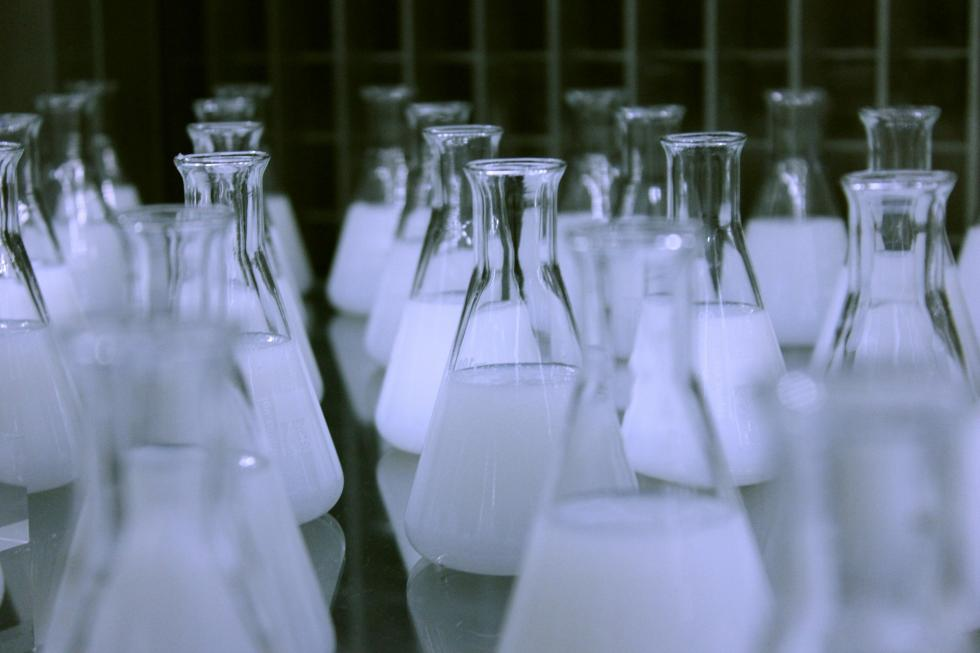 Rozpuszczalniki organiczne – kilka słów onich