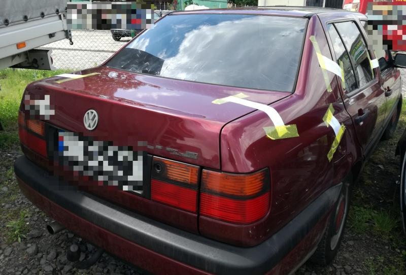 Policjanci zKruszyna zatrzymali sprawcę kradzieży samochodu iodzyskali pojazd