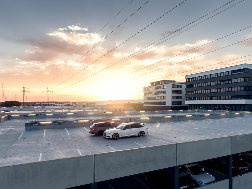 Parking przy wrocławskim lotnisku Strachowice