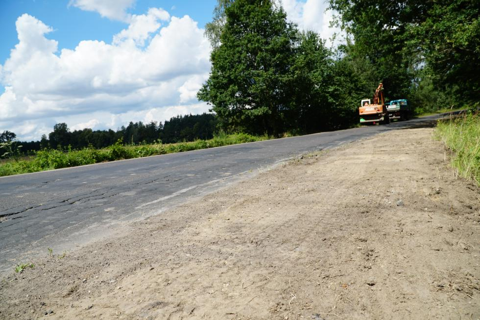Przebudowa drogi zBolesławca doStarych Jaroszowic