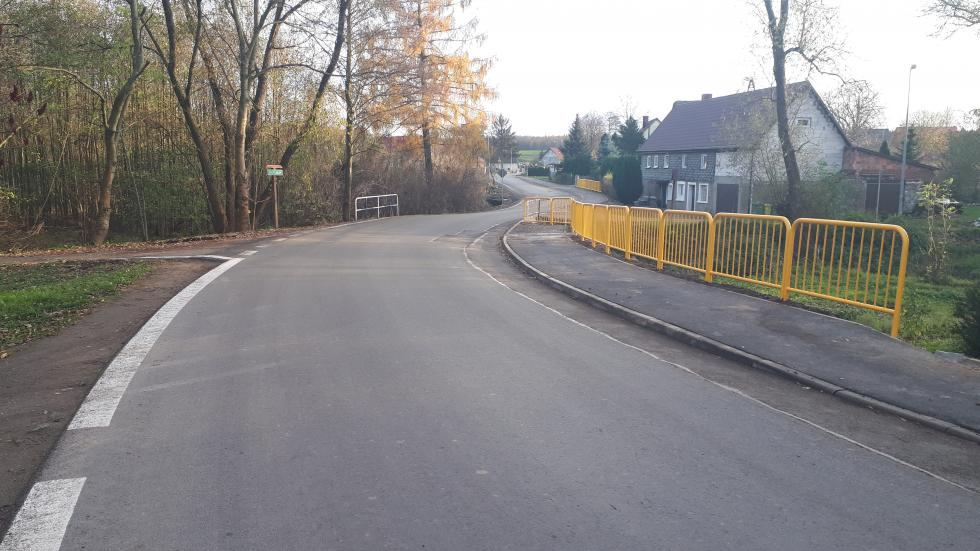 Chodnik wŻeliszowie przebudowany