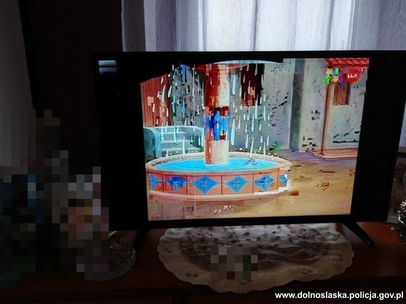 Wyładował złość na telewizorze ikomodzie