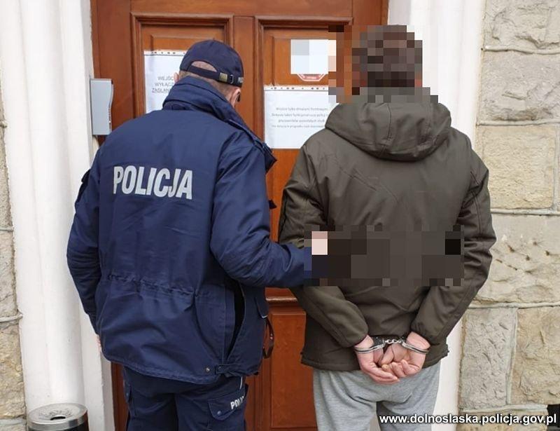 Areszt za znęcanie nad matką