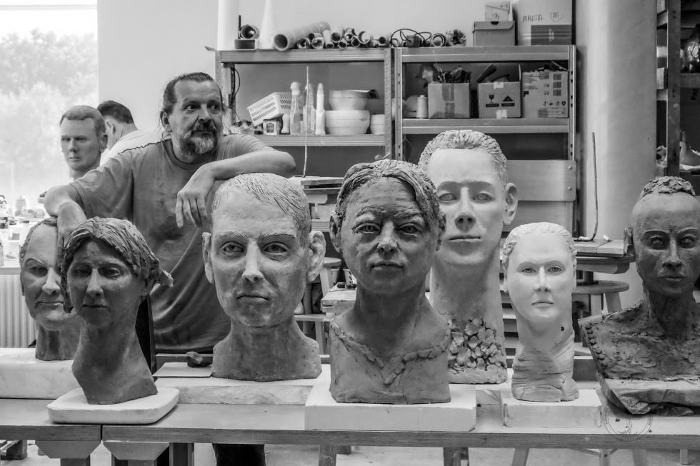Pod okiem mistrzów - euroregionalne warsztaty ceramiczno - rzeźbiarskie 2021